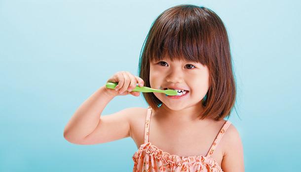 防龃,抗菌,美白,价格高的牙膏贵在哪里?