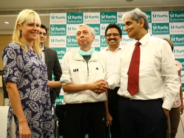 Fortis Hospital Malar Chennai_Lung Transplant Igor with Doctor K R Balakrishnan (Small)