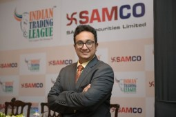 Reliance's big bang launch of JIO is certainly a boon for the masses says Jimeet Modi, CEO, Samco Securities