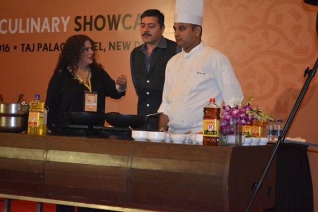 celebrity-chef-nahid-osman-gautam-mehrishi-cooking-with-p-markmustard-oil-small
