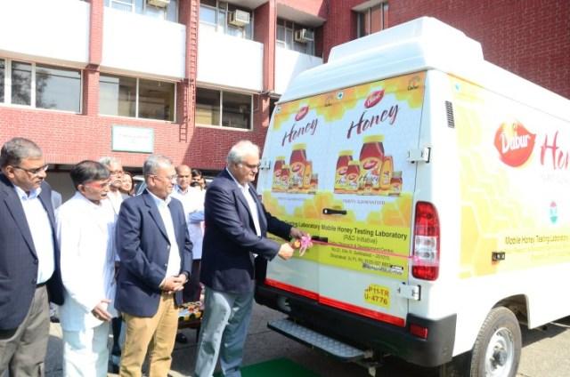 Dabur India Ltd CEO Mr. Sunil Duggal flags off Dabur's mobile Honey Testing Van. (Small)