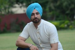"""Touch Hearts of all Punjabis with """"Sardar Chahida"""" by Charan Singh"""