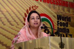 Harsimrat Badal to hand-hold farmers for 2 years to invest in mega food parks in Punjab