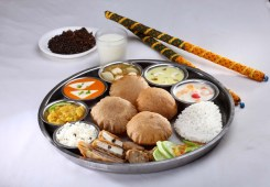Navratra Flavours at all outlets of Shree Rathnam