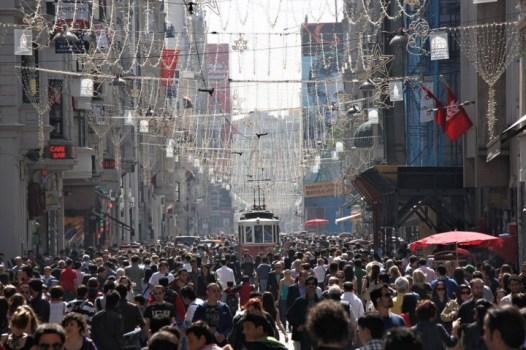 istiklal-street-istanbul-turkey-720x480