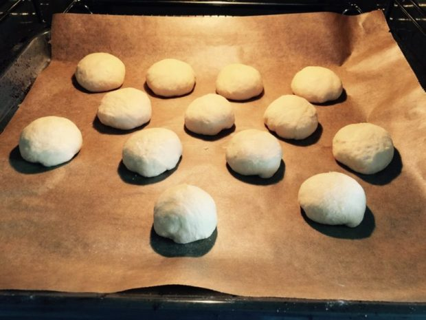 Buns im Ofen machen
