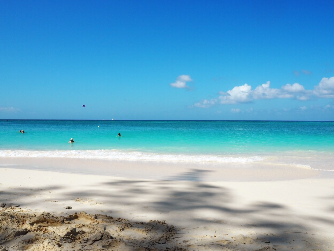 beautiful seven mile beach - one of the best things to do in Georgetown Grand Cayman