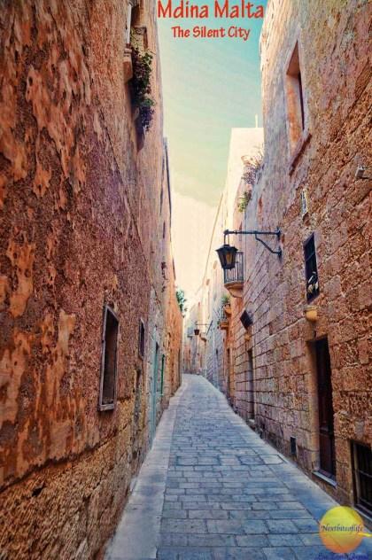 mdina malta silent city street cobblestone #visitmalta #mdina #silentcitymdnina #cobblestone #maltesewindow #GOTMalta #malta #maltaguide #mdinaguide