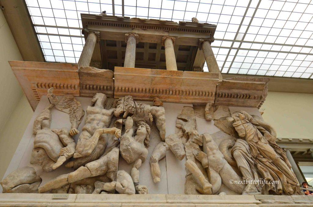 busts at pergamon museum berlin