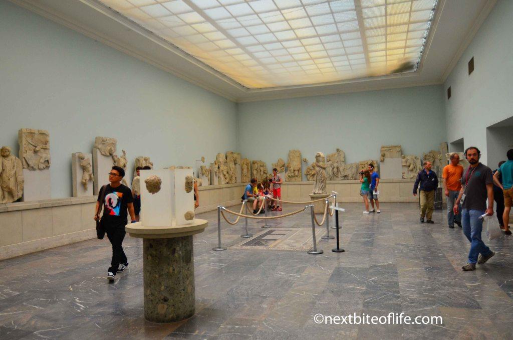 berlin zoo and the pergamon museum