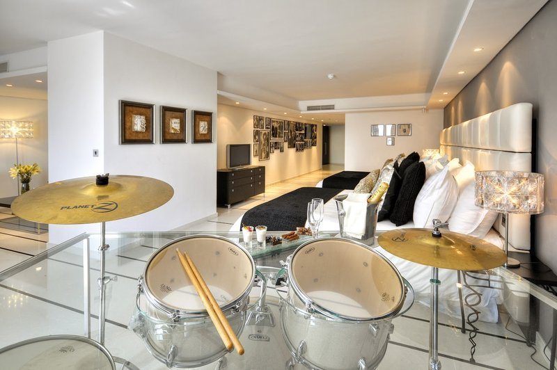 suite at palace hotel sliema malta