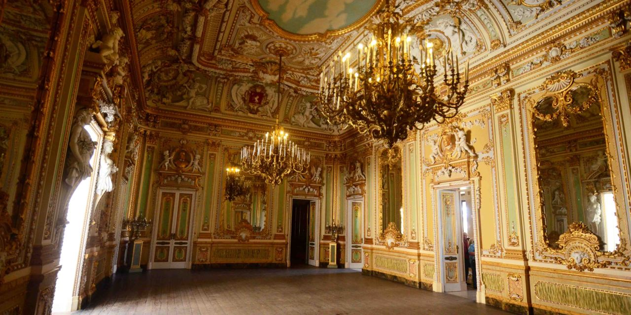 Palazzo Parisio In Malta Should Be On Your Malta Itinerary