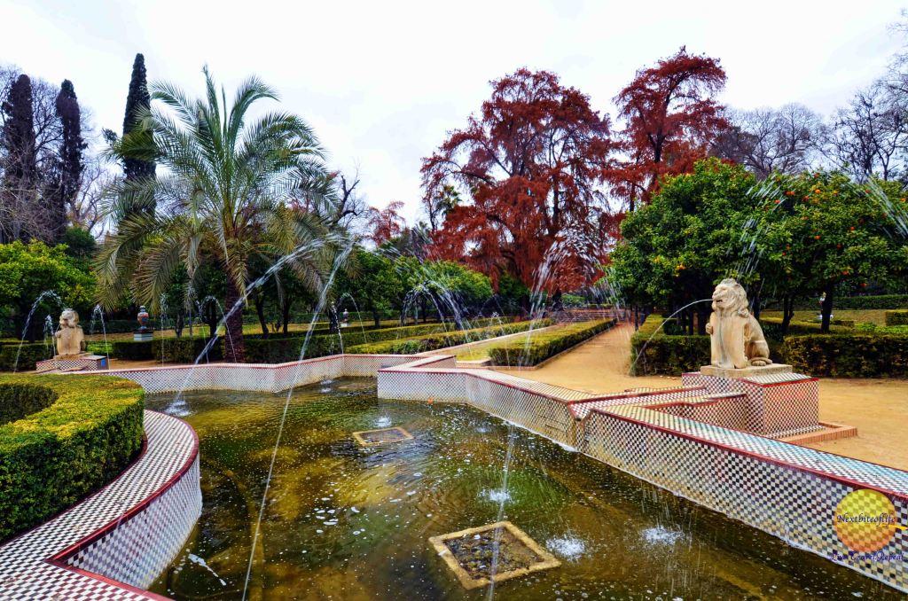 Fountain of Lions maria luisa park