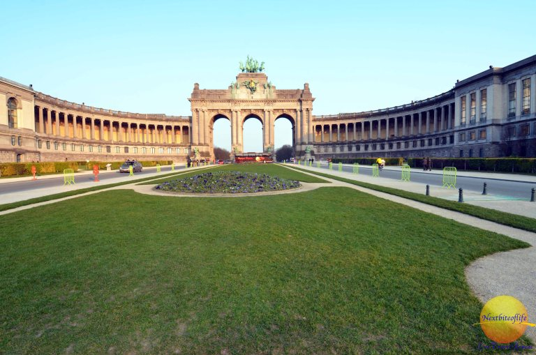 Cinquantenaire Park, Brussels and my Snapshot.