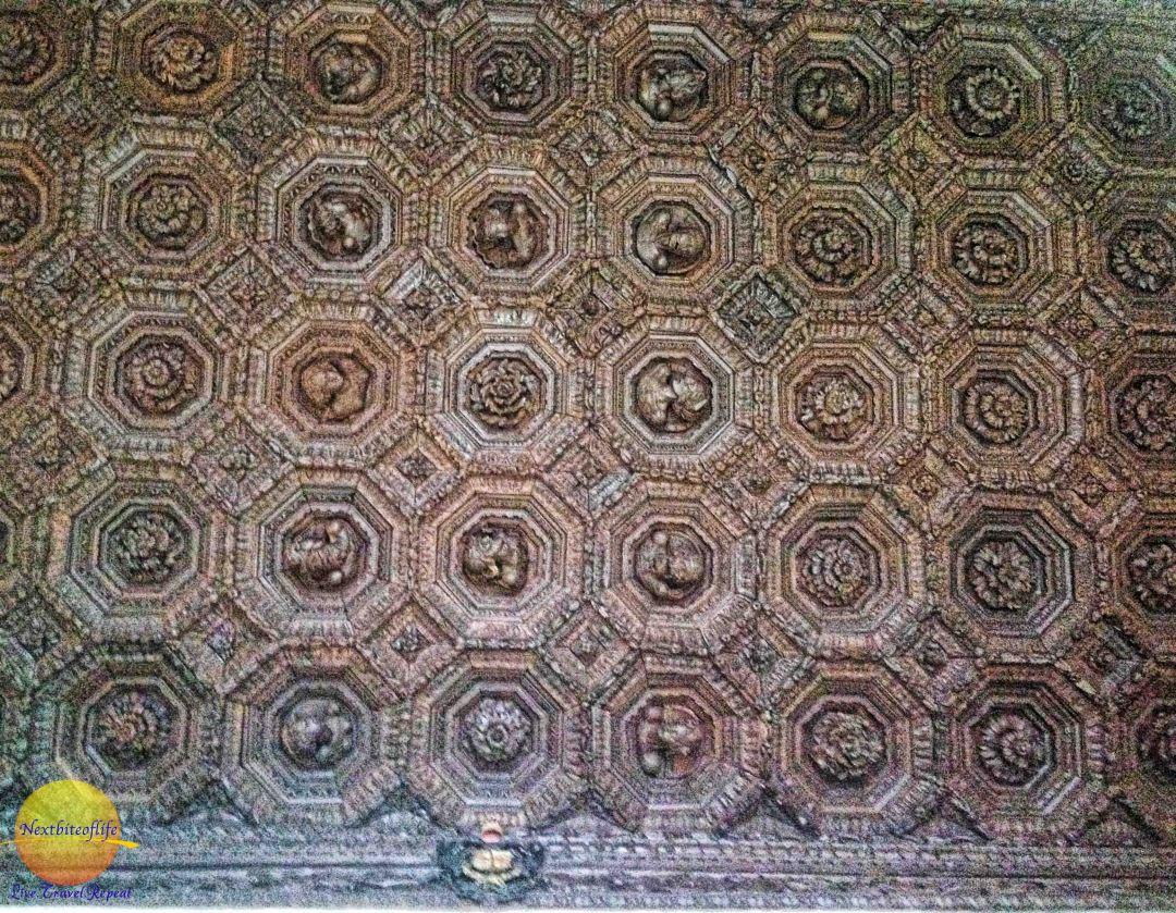 alcazar charles v ceiling in octagonal shape