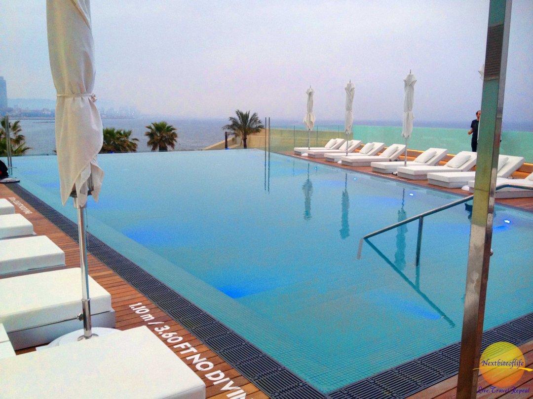 w barcelona infinity pool