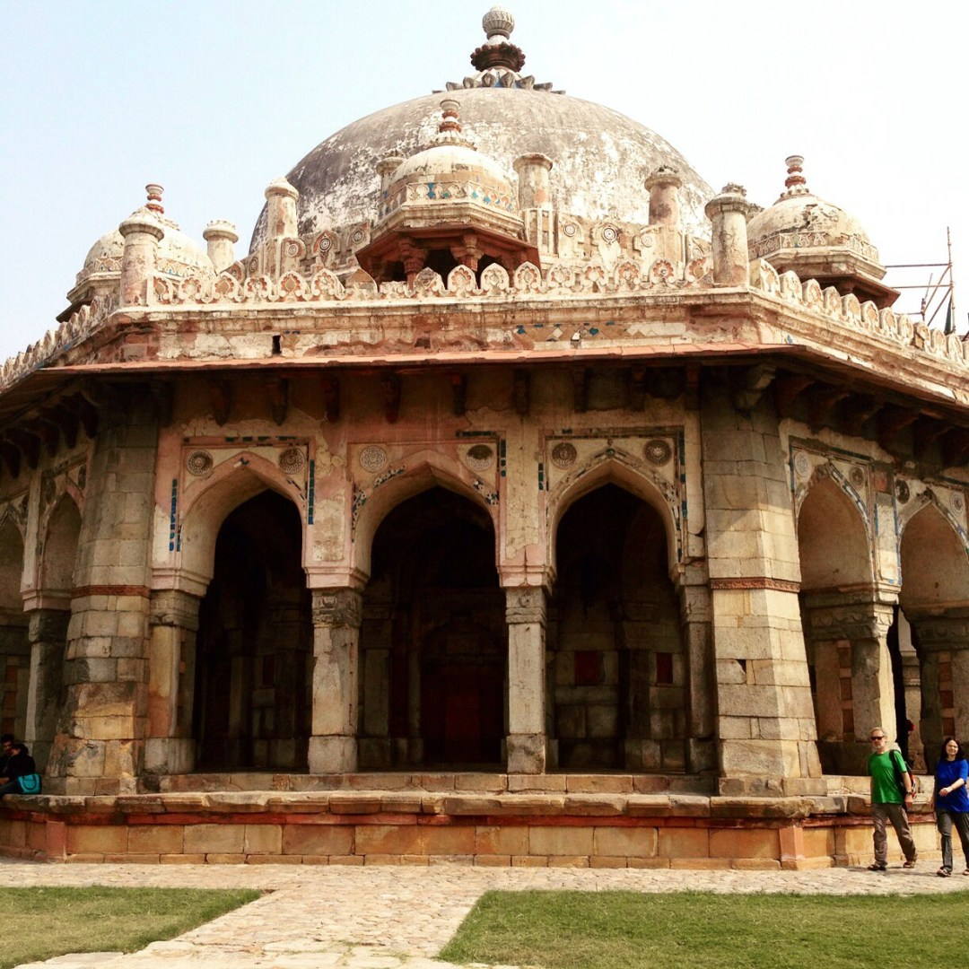 Issa Khan tomb..one of the lesser known people buried in the complex. I would settle for this one :-) .