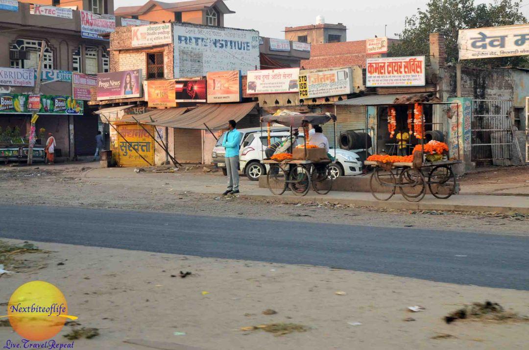 agra street2 india