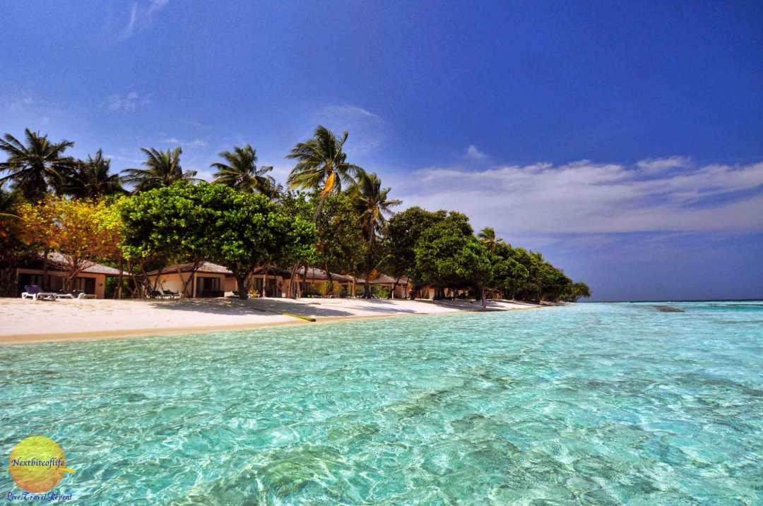 image of beach villa at vilamendhoo - how to save money