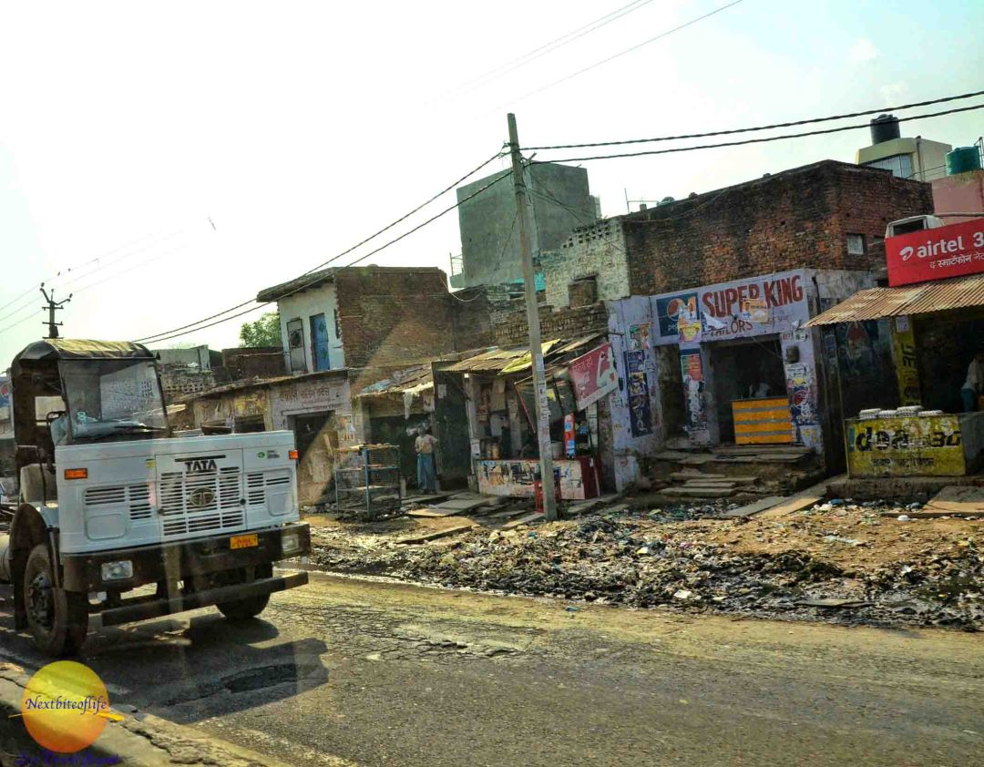 opinions of new delhi slum street garbage