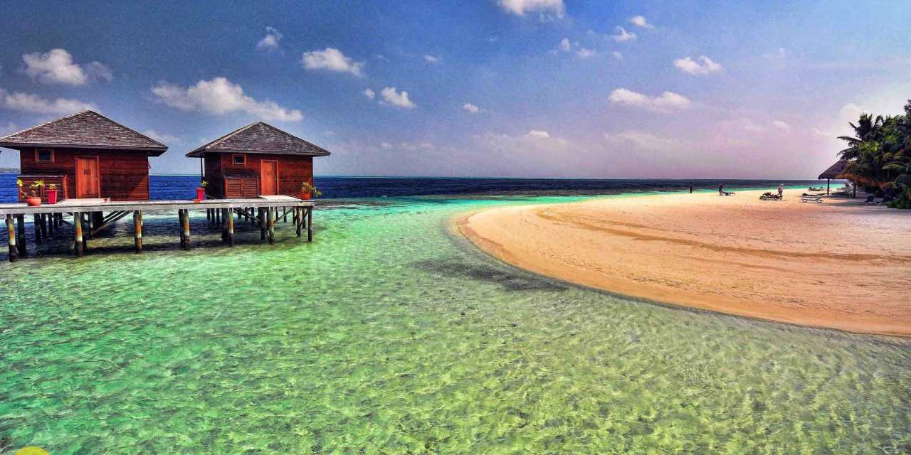How to save money on a Maldives vacation