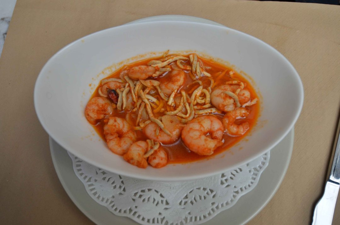 image of shrimp in red sauce