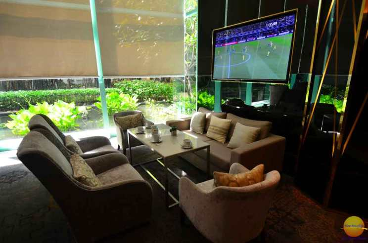 chatrium hotel riverside tv screen