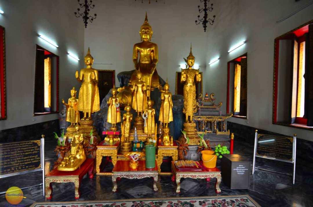 wat pho buddhas