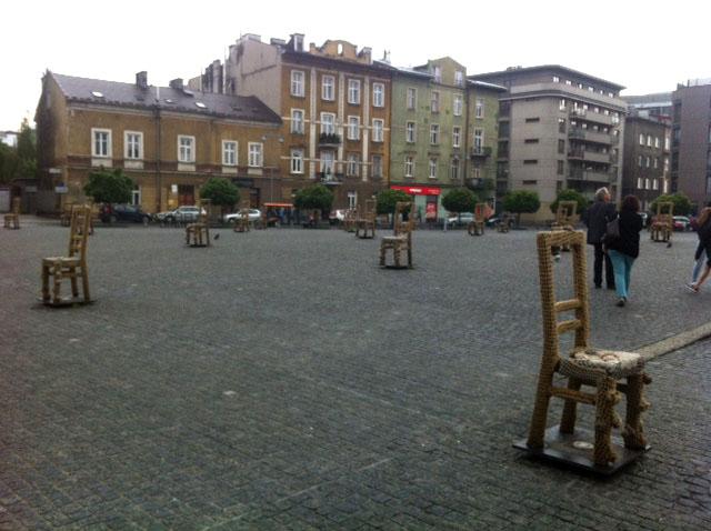 empty chair memorial krakow