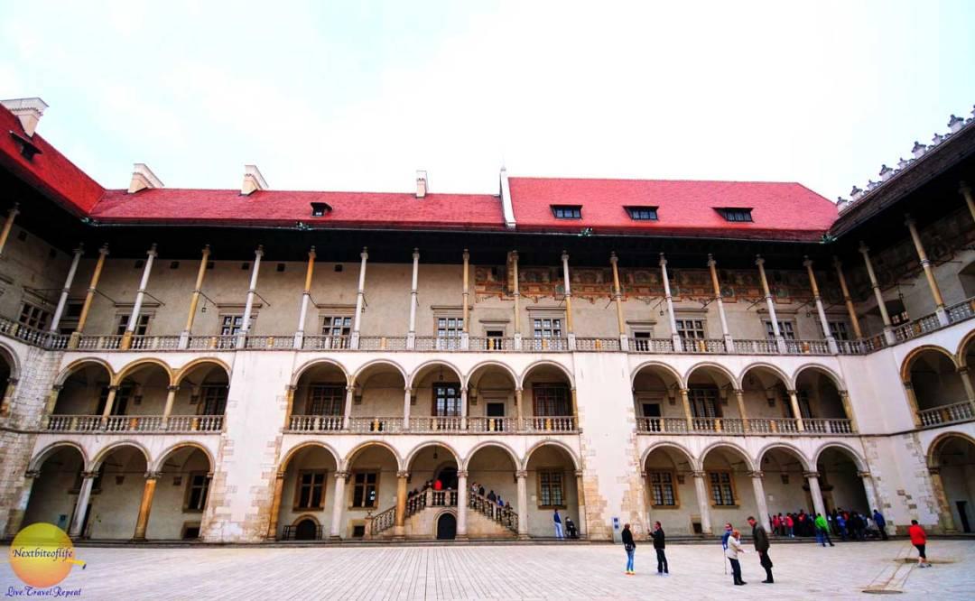 wawel castle courtyard moorish