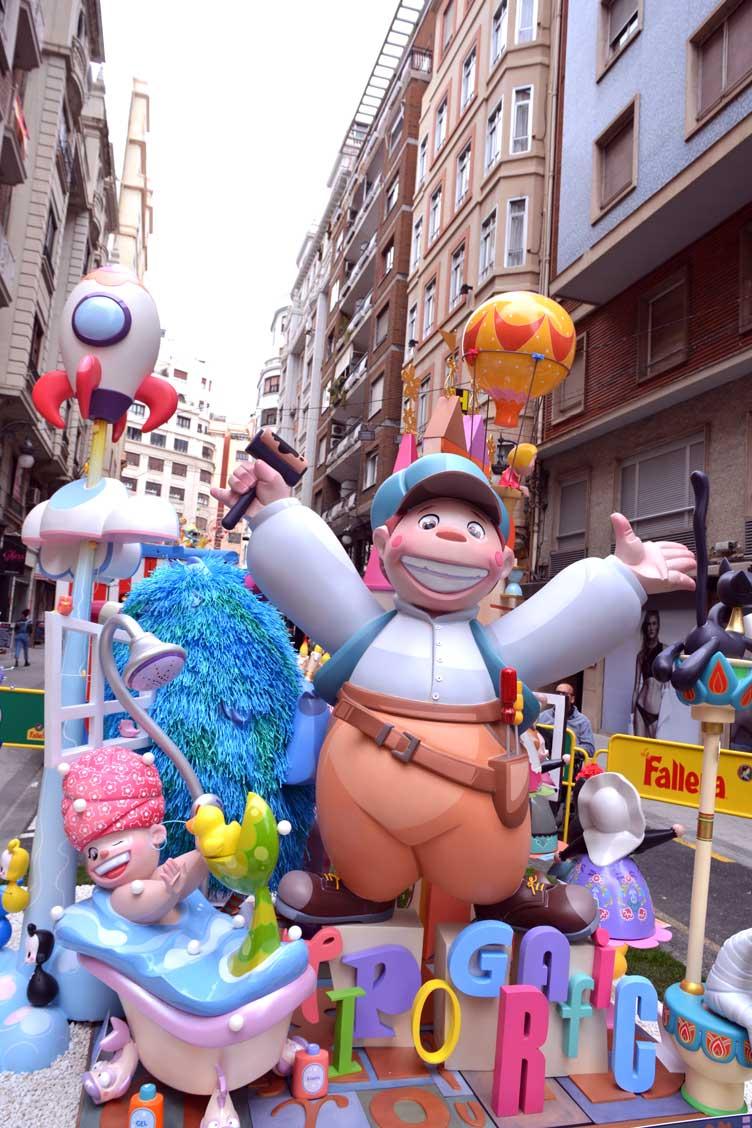kid display minot valencia festival