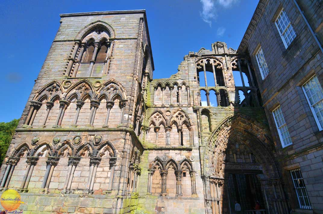 holyrood abbey exterior remains