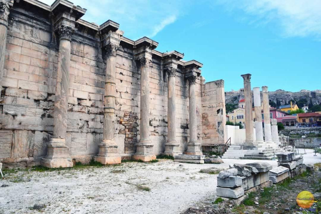 pillars and ruins athens greece