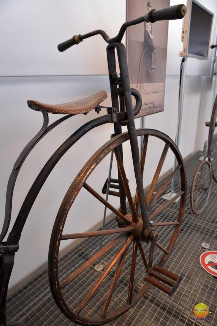 unicycle at nardni museum prague