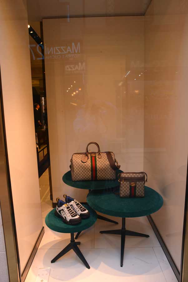 gucci window shop Verona Italy