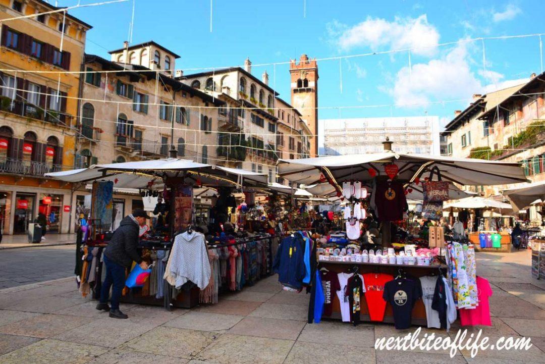 Plaza Erbe Verona stalls