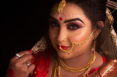 Must Have Jewelry for Bengali Brides 1