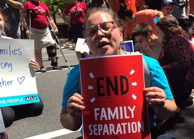 Americans protest against 'inhumane' family separation policy
