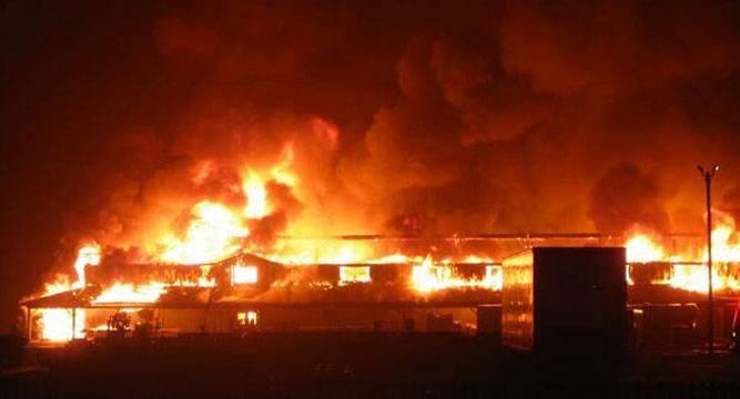 Fire razes shops in Kano market