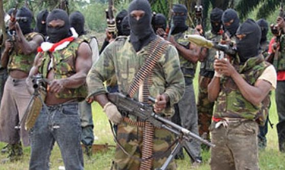 A'Ibom:  Militants kill 1, injure 3 in AKTC bus attack