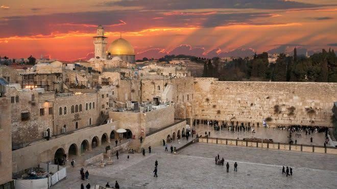 Foreign Titbits: Australia considers following US on Jerusalem embassy