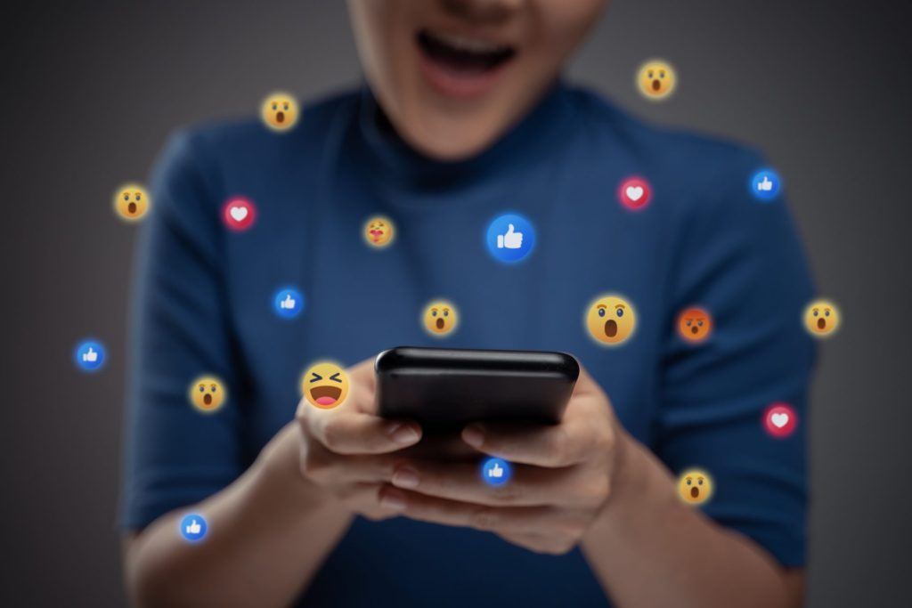 Emotikonki Social Media
