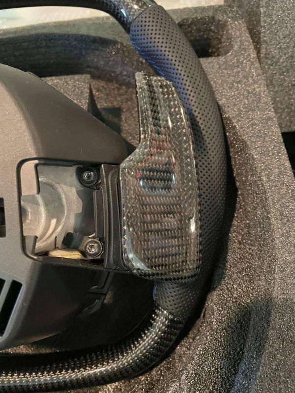 Carbon Fiber Steering Wheel – Heated | 2020 – 2021 Chevy Corvette C8