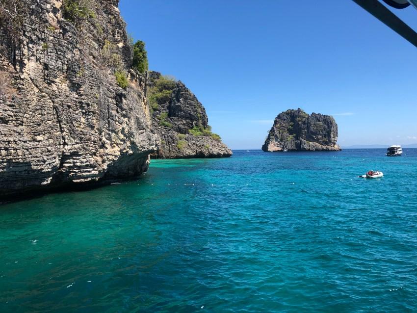 Diving in koh haa yai