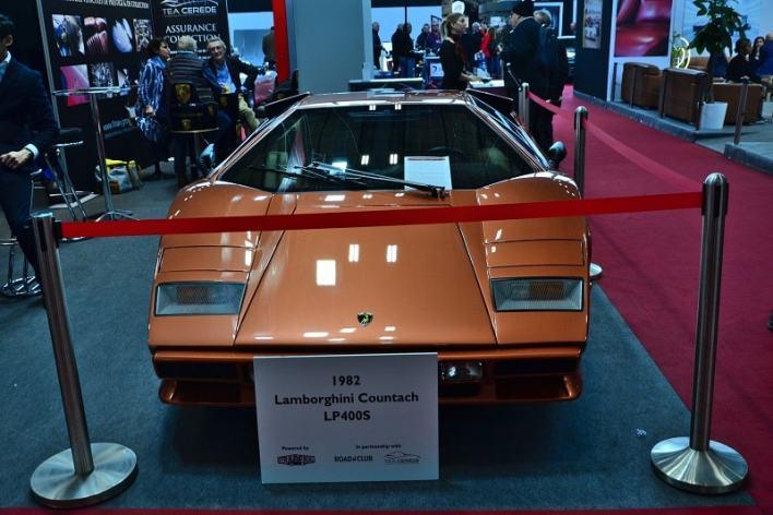 Lamborghini-LP400S