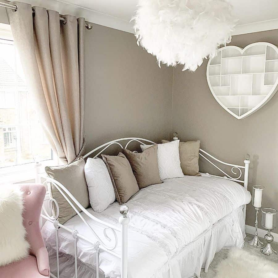 Learn the pros and cons of different available materials, styles, and configurations before you buy. Top 94 Guest Bedroom Ideas Interior Home And Design
