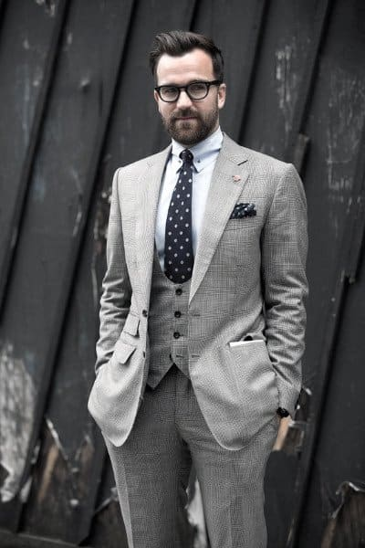 Handsome Grey Suit Style Ideas For Guys