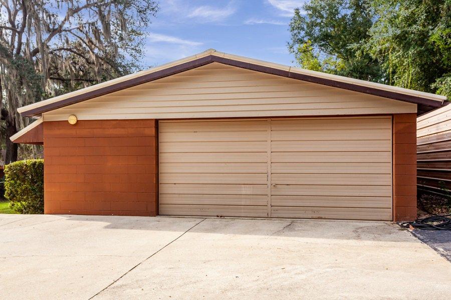 Top 70 Best Garage Door Ideas - Exterior Designs on Garage Door Ideas  id=57231