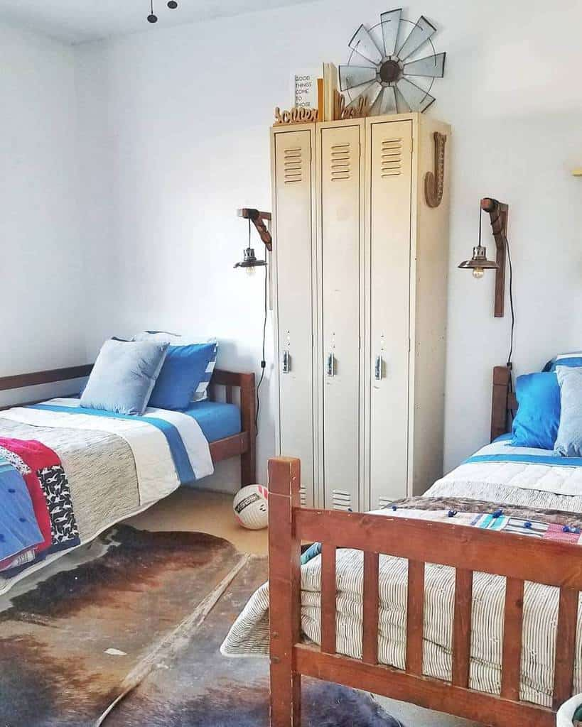 The 67 Best Teen Bedroom Ideas - Home and Design - Next Luxury on Small Teenage Bedroom Ideas  id=69499