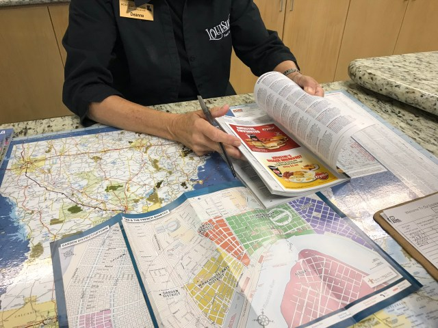traveling to New Orleans self-guided tours maps